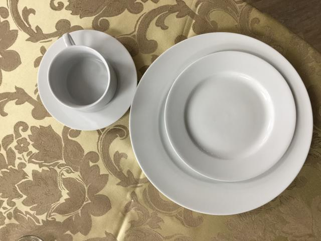 Where to find WHITE CHINA in Hackettstown